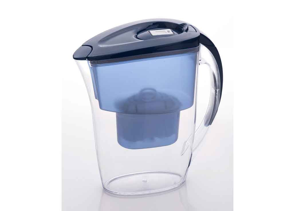 Portable Four Stage Water Filter Jugs No Timer Indicator 160L Lifetime
